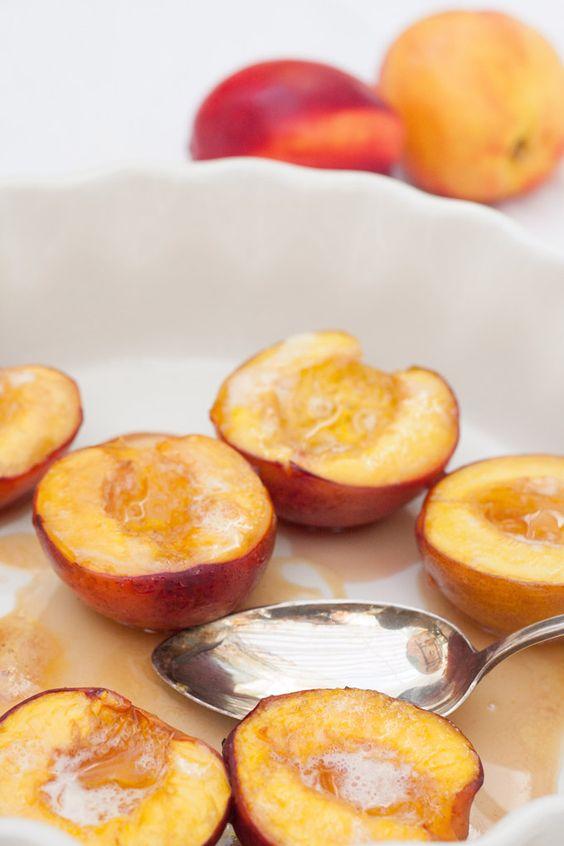 Honig-Nektarinen aus dem Ofen. Köstlich, super saftig und schnell gemacht - kochkarussell.com