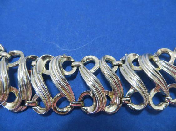 Letter S Chain Link Vintage Bracelet by AuntieJeansEmporium