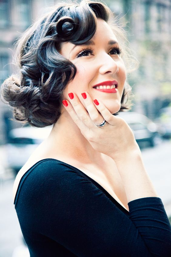 vintage hair with red lips and nails