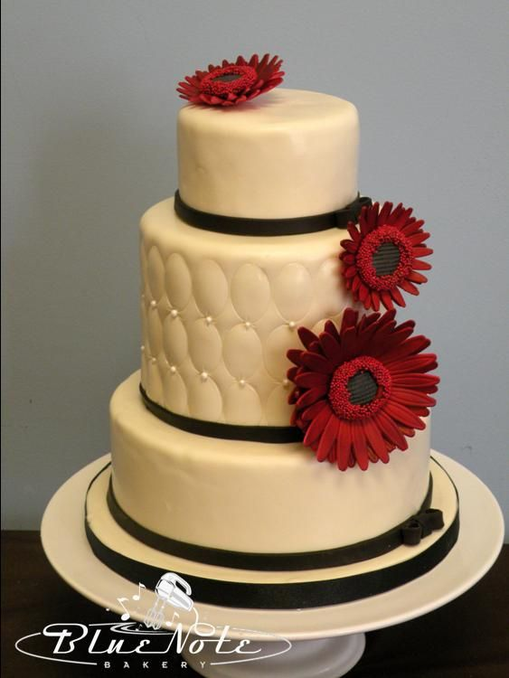 simple elegant birthday cake - red daisy - black, white ...