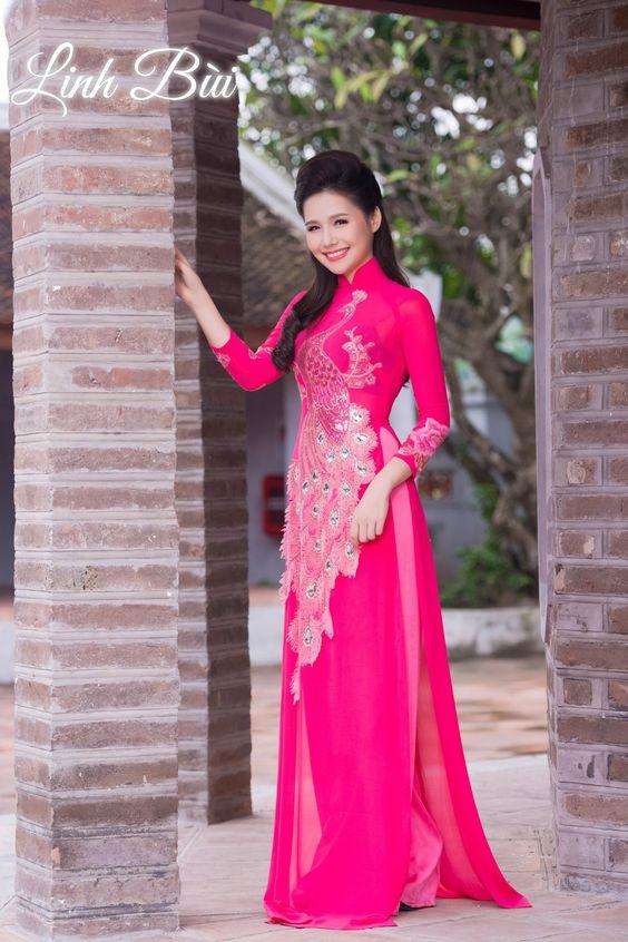 Lựa chọn áo dài cưới mới mẻ và nổi bật tại Linhbui.vn 245b5122e5862ba0cafc4e4a5ce16505