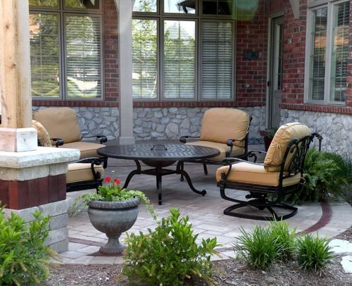 Outdoor Patio Is A Tiny Park In A House Or Yard That Is Placed Inside The Location Of A Home In This Area Small Patio Design Patio Pavers Design Paver Patio