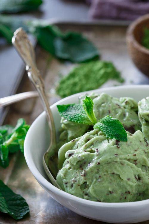 MATCHA MINT CHOCOLATE CHUNK ICE CREAMReally nice recipes. Every  Mein Blog: Alles rund um die Themen Genuss & Geschmack  Kochen Backen Braten Vorspeisen Hauptgerichte und Desserts # Hashtag