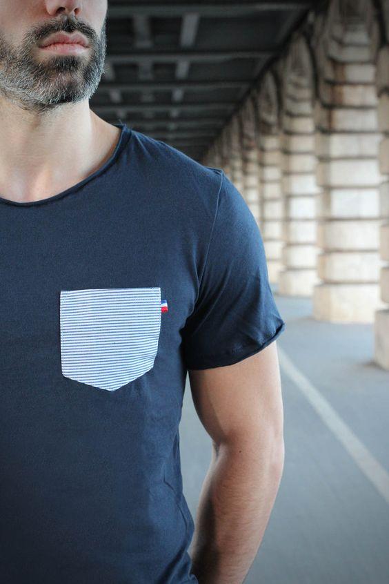 T-shirt Poche Marinière pour homme by French Appeal, fabriqué à Paris.