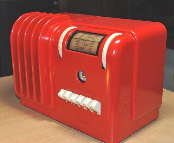 AIRLINE Model 93WG601 Art Deco Radio 1939 by RadioAge on Etsy, $375.00