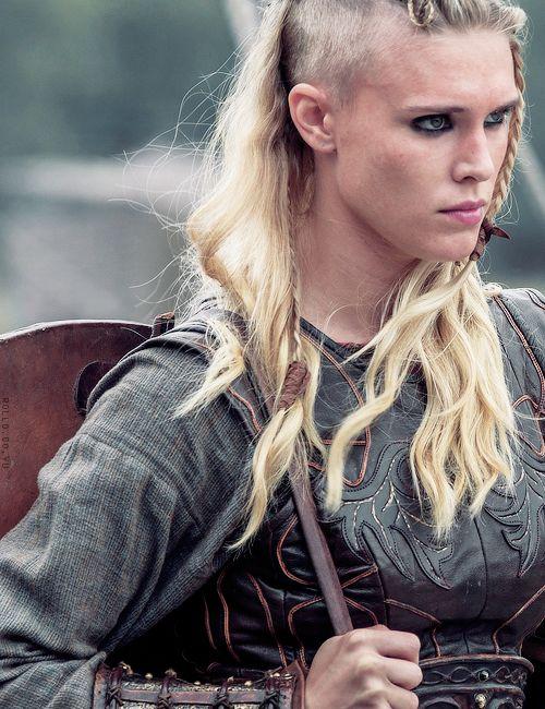 queensansastark:Þorunn // 3.01