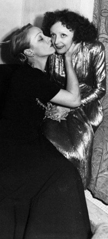 Marlene Dietrich and Edith Piaf - 31-10-47    Vive l'amitié franco-allemande!: