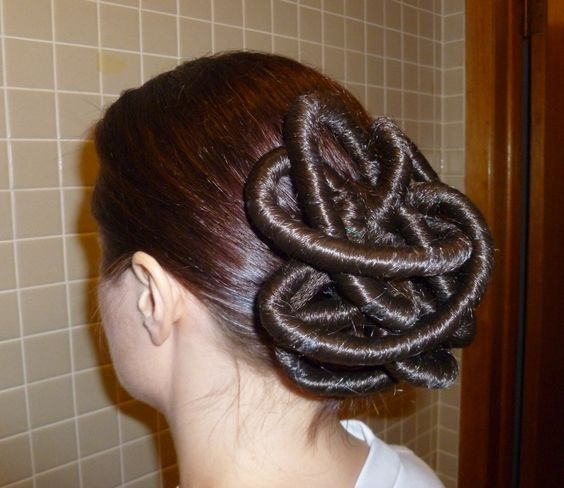 party hairstyles for medium length hair : Star Wars Episode II Padme Arena Battle Outfit