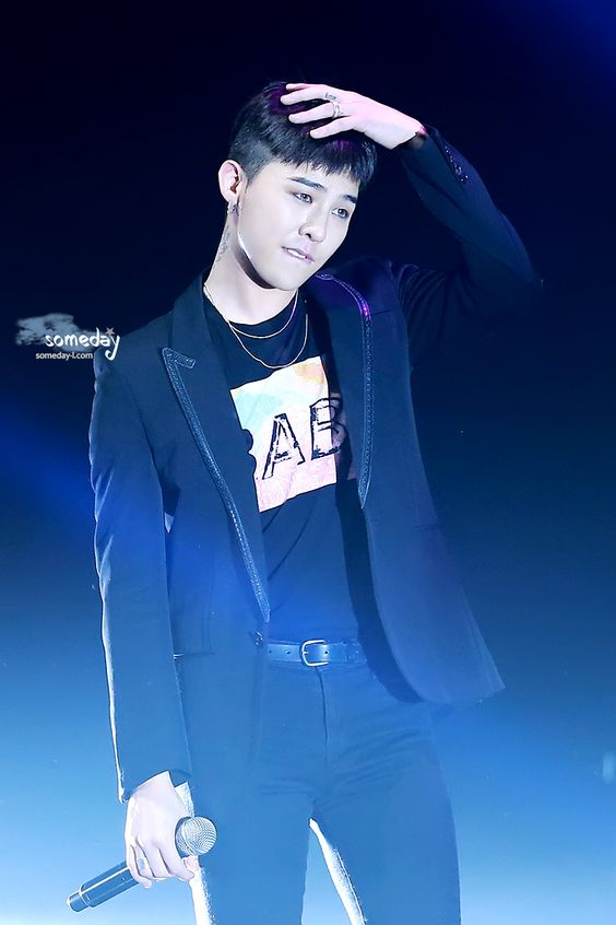G-Dragon | BIGBANG Fan Meeting in Beijing (160101)