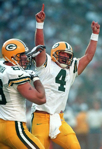 20. Brett Favre (QB) Packers - First Year: 1991 - Career: 17 seasons - Drafted: Round 2, Pick 33