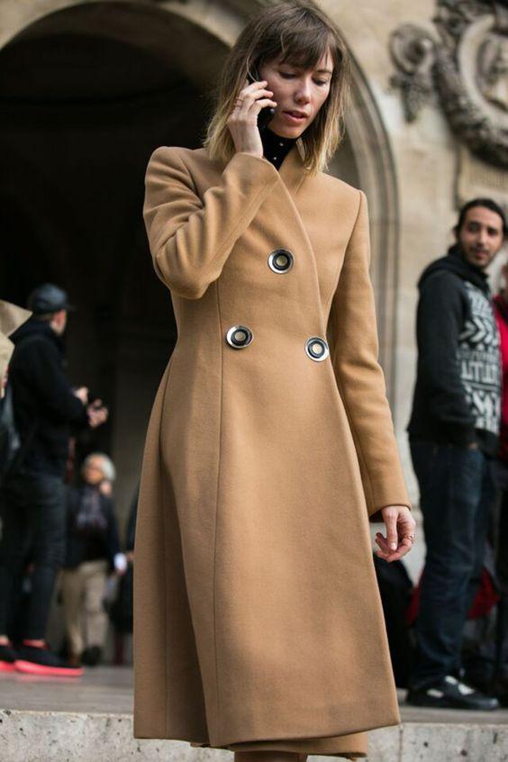 Os melhores looks do off-catwalk na segunda-feira (05.10) da semana de moda de Paris pelas lentes de Adriano Cisani, do What A Street