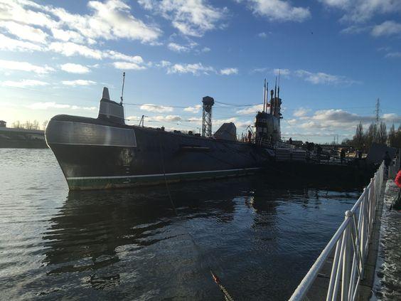 Подводная лодка, теперь тоже экспонат, открытый для посещения