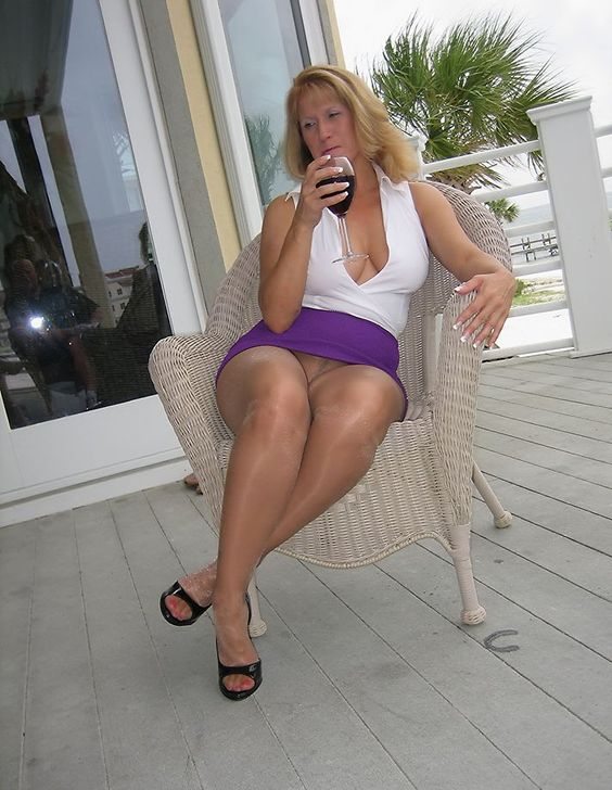 hunters gallery sex milf