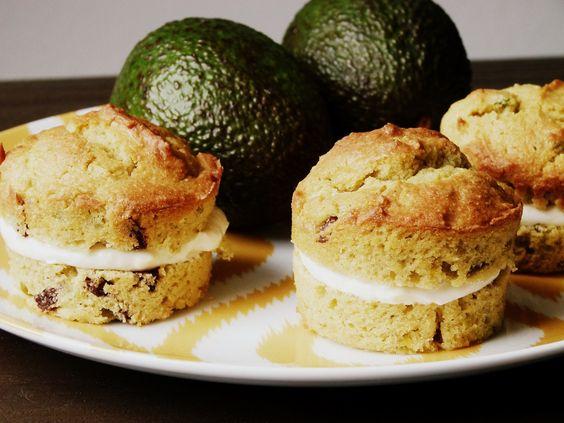 Avocado Cupcakes mit Cream Cheese Frosting   Rezept auf gemischtetueteglueck.de
