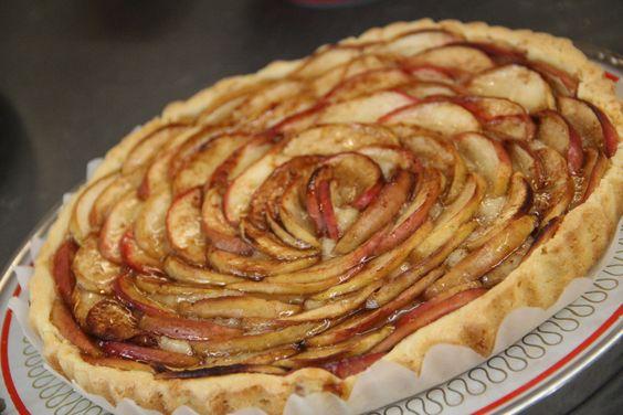Een lekkere frisse variatie op de bekende boterkoek: boterkoek met appel.