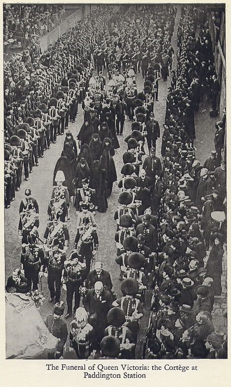 Queen Victoria's funeral procession passes Paddington rail ...
