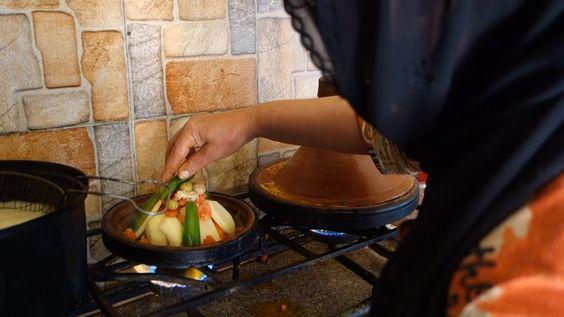 Chicken tajine recipe - Authentic video from a small Moroccan restaurant on L`Gzira beach