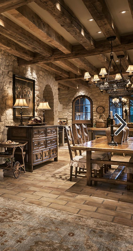 Old World, Mediterranean, Italian, Spanish & Tuscan Homes & Decor:
