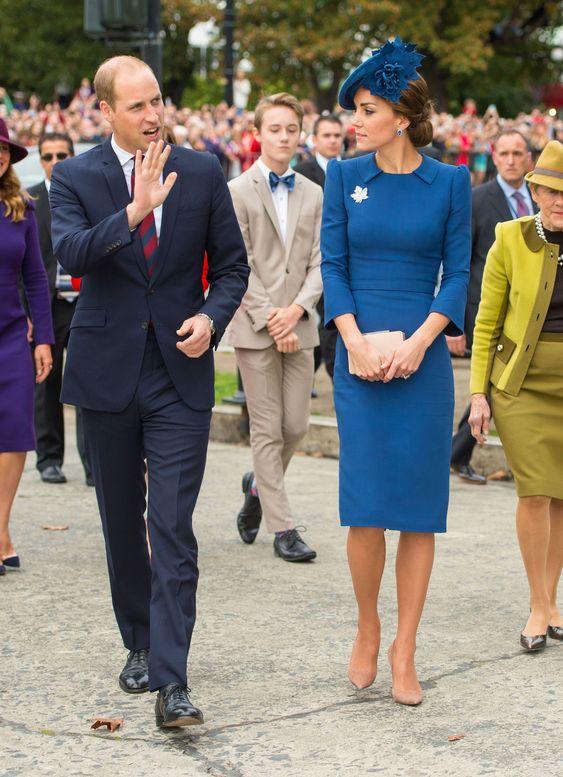 classic blue - i regali inglesi sono stati i primi ad indossarlo