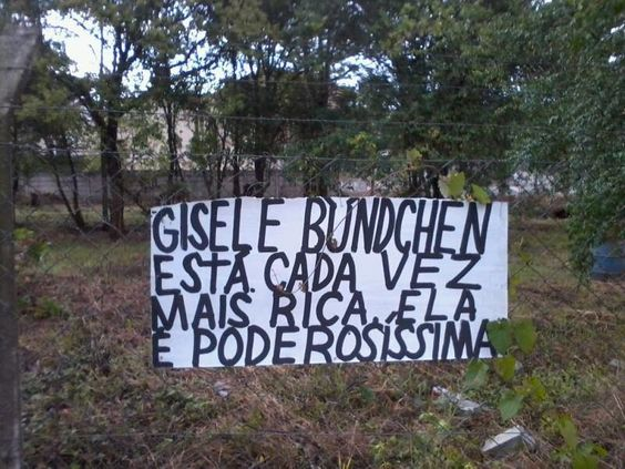 Gisele Bündchen está cada vez mais rica, ela é poderosíssima.