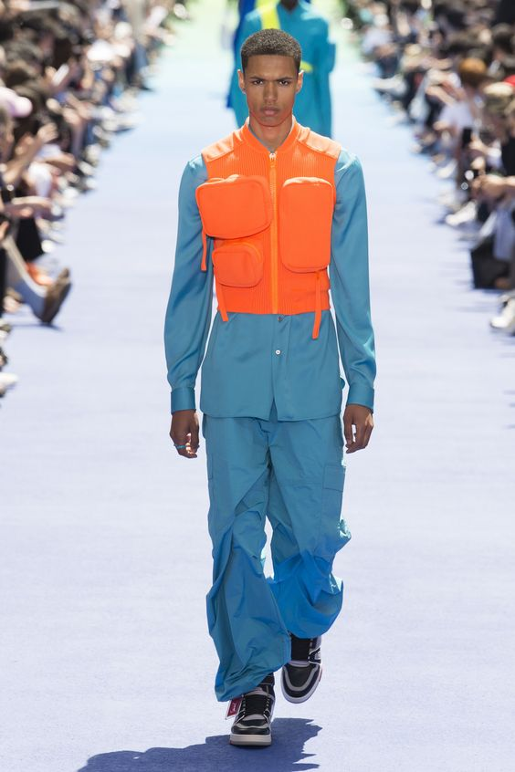 Louis Vuitton Spring 2019 Menswear Fashion Show Collection: See the complete Louis Vuitton Spring 2019 Menswear collection. Look 38