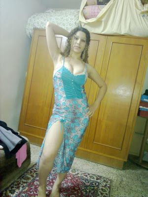 Hot Lebanese Girl In Dancing Pose