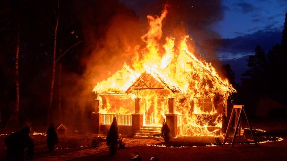 Modern homes burn faster. Some say it's time to add sprinklers