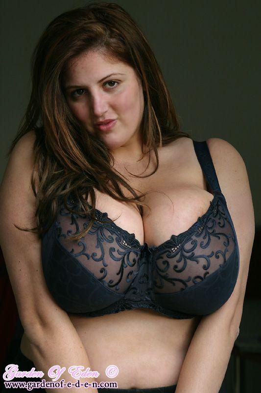Maked girls having sex big tits