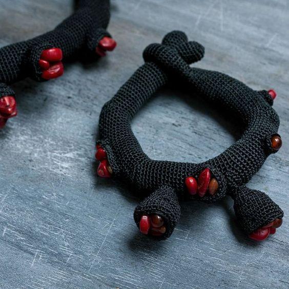 lidiapuica#crochet #bracelet #customorder #corals #contemporaryjewelry - fin 2015/debut 2016: