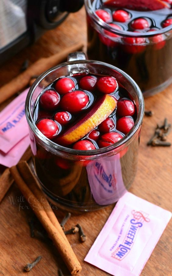 Crock Pot Spiced Orange Cranberry Sangria made with Sweet'N Low®