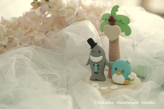Love Penguins and Shark with plam tree wedding cake topper