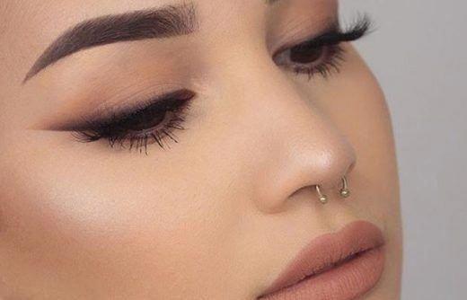 Soft Brown Eyeshadow Makeup For Brown Eyes Eyemakeups Originaleyemakeup Smokey Eye Makeup Eyeshadow Makeup Brown Eye Makeup Tutorial