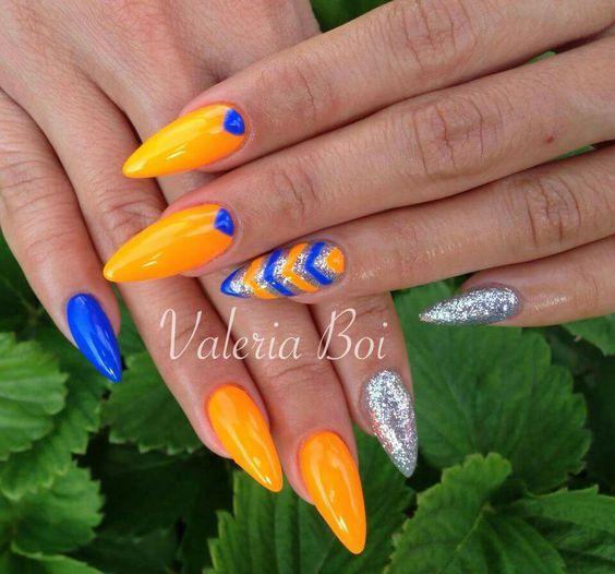 Giallo blu argento arancione fluo