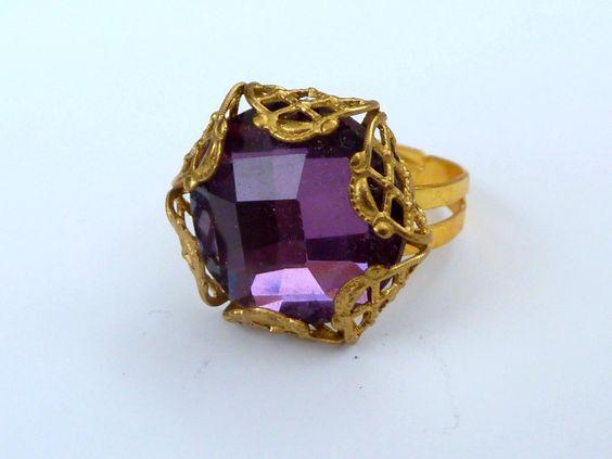 Filigraner Ring in violett gold mit Ornament von Schmuckdesign-Onlineshop auf DaWanda.com