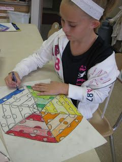 Wilkinson's Wonderful World of Art: Triangular Design Color Wheels    Could be a review of color theory for 4th grade, or a started project for color mixing