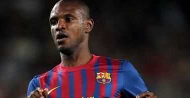 """Evolution favorable"" pour Abidal"