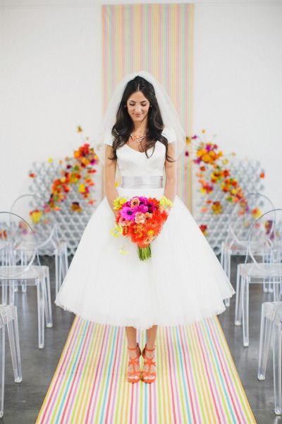 Bright and cheery: http://www.stylemepretty.com/2013/05/10/kate-spade-inspired-wedding-from-jasmine-star-photography/ | Photography: Jasmine Star - http://jasmine-star.com/