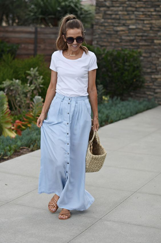 Merrick's Art   Lord and Taylor Light blue chambray maxi skirt with buttons @LordandTaylor #LordandTaylor #Sponsored