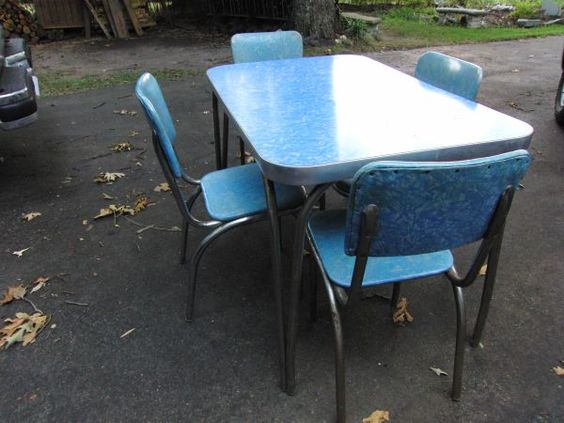 Vintage 1950 39 s chrome kitchen table 4 chairs vintage kitchens pinterest dinette sets - Vintage chrome kitchen table ...