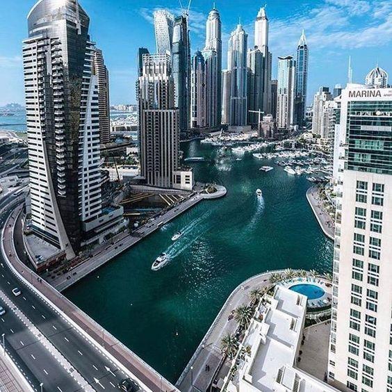 DUBAI. Sent @cynthia_eid_photography #dubai #uae #travel #asia #дубай #оаэ #туризм #азия #cities__world #