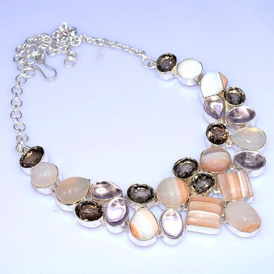 Maxi colar de prata com quartzo fumê, ágata, cristal de rocha e quartzo rosa.