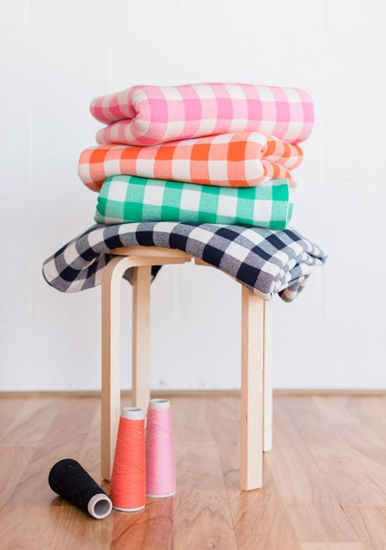 Knitted 'gingham' blankets   Uimi