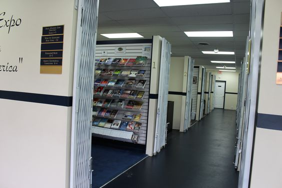 other side of right hallway kiosks