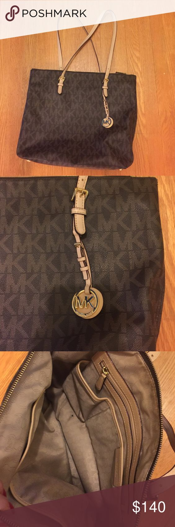MK Purse Like new. Great condition. Only one little mark on the inside of the bag. Michael Kors Bags Shoulder Bags