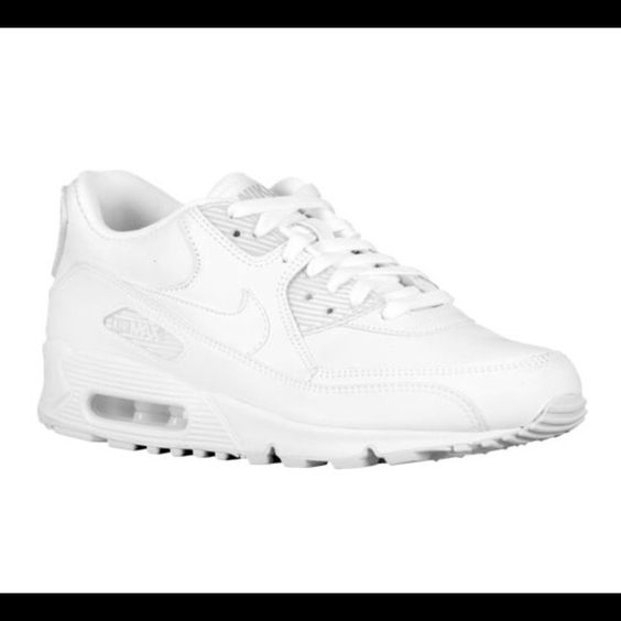 do nike air max contain leather