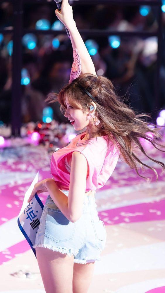 Top 10 Twice Sana Hottest Moments Kpop Girls Korean Girl Kpop Girl Groups