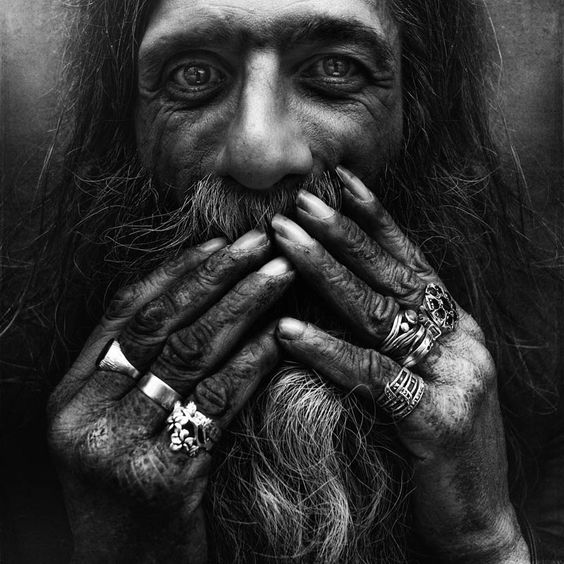 Lee Jeffries B&W Portraits of the Homeless