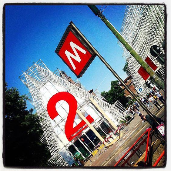 Buongiorno Milano  dalla splendida #PiazzaCastello  #Milan #sunnyday #today #metro #castellosforzesco #expo #expogate #may #milano #mood #life #landscape #instadaily #instagood #instamood #like4like by albi__gram