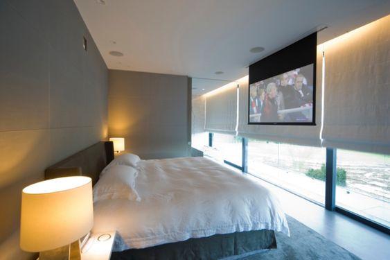 プロジェクター 寝室 ベッド 遮光 スクリーン カーテン ロールスクリーン