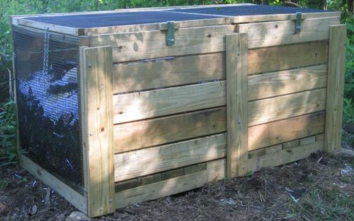 how to keep flies away from compost bin